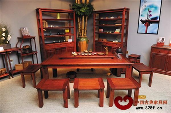 新中式家具比传统古典家具更为简约,符合现代人的审美需求